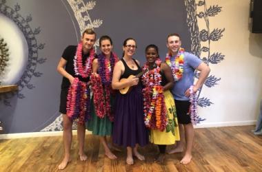 Waikiki Walk Story & Hula