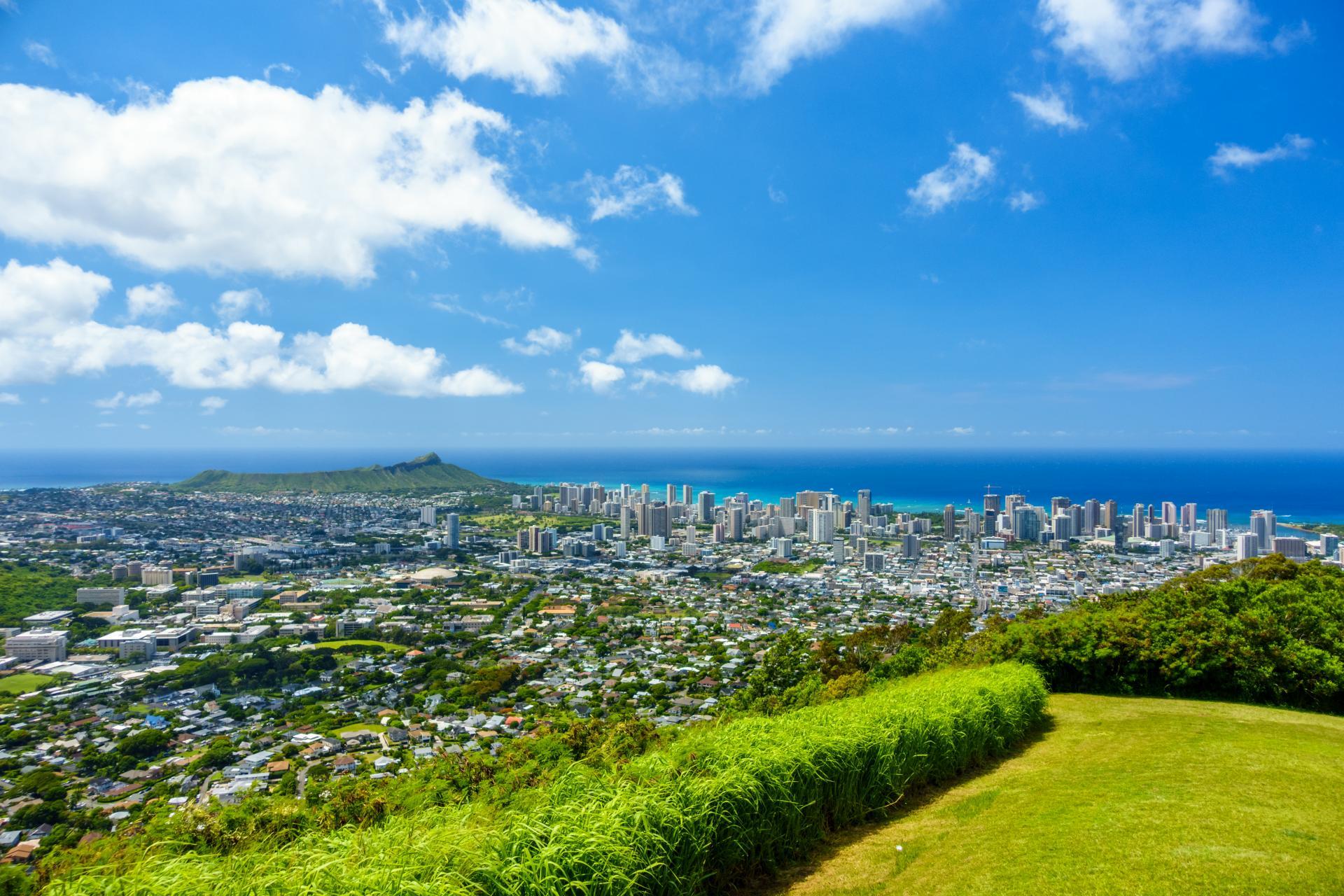Oahu Honolulu View from Tantalus lookout