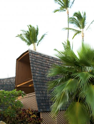 Beachfront accommodations in Molokai