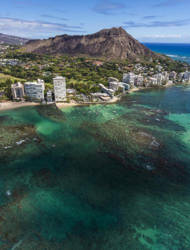 Diamond Head on the island of Oahu is one of Hawaii's most famous natural landmarks