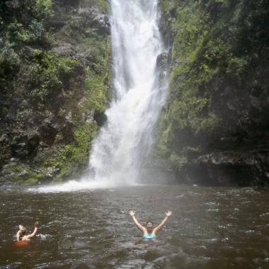 MolokaiRentals.net - Waterfall