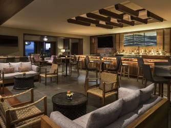Alaloa Lounge